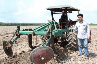 Chàng kỹ sư nông nghiệp nhiệt huyết với công việc