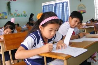 Nhiều chuyện cần được giải quyết Bài 1: Nỗi lo về giáo viên, cơ sở vật chất