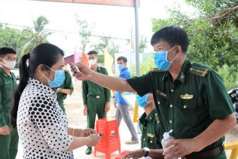 Tuyên truyền phòng chống dịch Covid-19 cho người dân biên giới