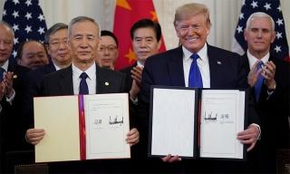 Mỹ - Trung hoãn đánh giá thỏa thuận thương mại