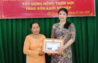 """Chủ tịch Hội LHPN xã Tân Bình: """"Giỏi việc nước, đảm việc nhà"""""""