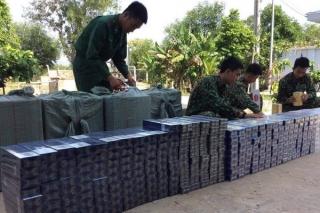Đồn Biên phòng Phước Chỉ bắt giữ 7.500 gói thuốc lá lậu