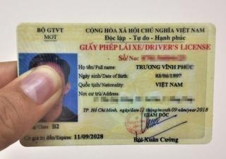 Đề xuất rút thời hạn giấy phép lái xe còn 5 năm