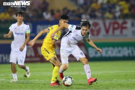 Bóng đá Việt Nam chốt ngày trở lại, sẵn sàng đá không khán giả
