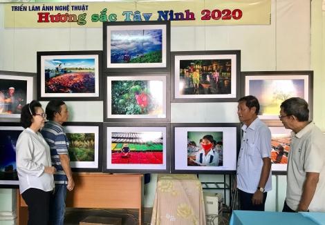 """Trưng bày 50 ảnh nghệ thuật tiêu biểu của cuộc thi """"Hương sắc Tây Ninh"""""""
