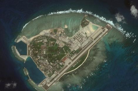 Việt Nam phản đối Trung Quốc tập trận, bắn tên lửa ở Biển Đông
