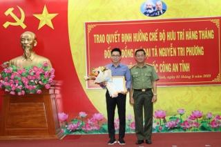 Công an Tây Ninh: Trao quyết định hưởng chế độ hưu trí cho Đại tá Nguyễn Tri Phương
