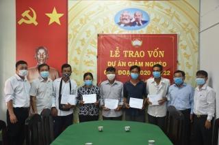 Trao vốn hỗ trợ giảm nghèo tại Châu Thành