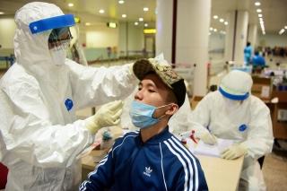 Sản xuất test kit kháng nguyên xét nghiệm người nhập cảnh