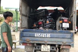 Cảnh sát giao thông phát hiện hai vụ vận chuyển hàng lậu