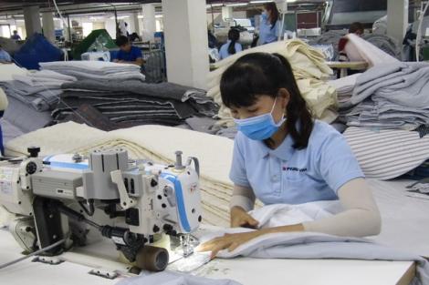 Tìm cơ hội khôi phục lại sản xuất, kinh doanh, dịch vụ