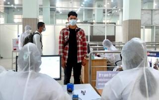 Tây Ninh: Tiếp nhận học viên Campuchia trở lại Việt Nam nhập học