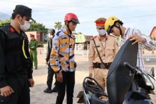5 ngày ra quân tại Dương Minh Châu, CSGT lập biên bản gần 200 trường hợp vi phạm giao thông