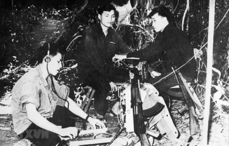 60 năm TTXGP: Dòng tin không ngừng chảy giữa chiến trường ác liệt