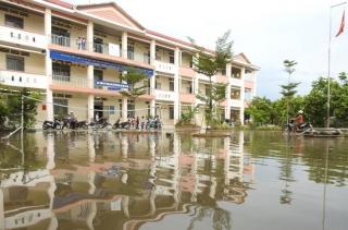 Ngập úng cục bộ tại Trường tiểu học Bàu Đồn