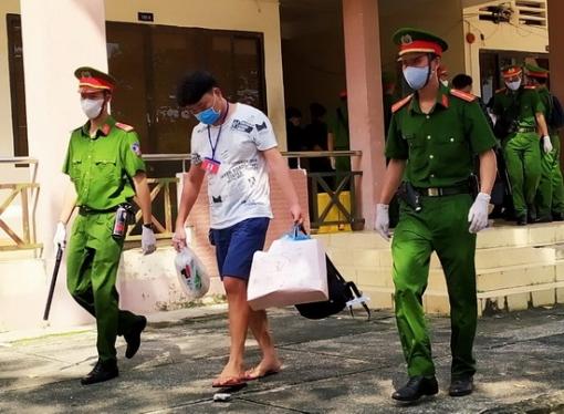 Trao trả 40 công dân Trung Quốc nhập cảnh trái phép vào Việt Nam