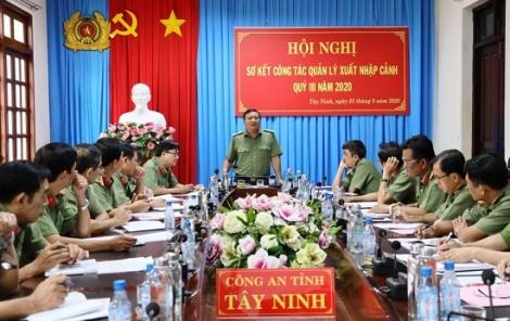 Công an Tây Ninh: Giao ban công tác xuất, nhập cảnh quý III.2020