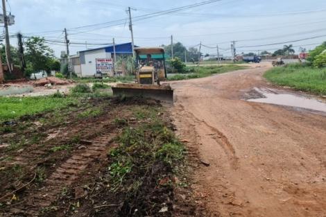 Khởi công dự án nâng cấp đường Trần Phú (thị xã Hoà Thành)