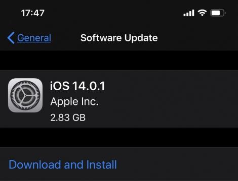 Apple vội vã tung bản sửa lỗi đầu tiên cho iOS 14