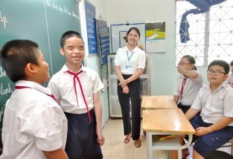 Trường Khuyết tật thiếu phòng học và giáo viên để giảng dạy