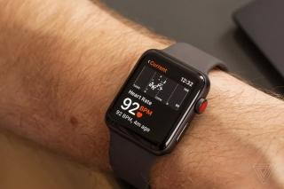 Apple Watch khiến người dùng đi bệnh viện nhầm