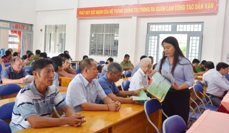 Tân Châu tuyên truyền, phổ biến pháp luật cho đồng bào xã biên giới