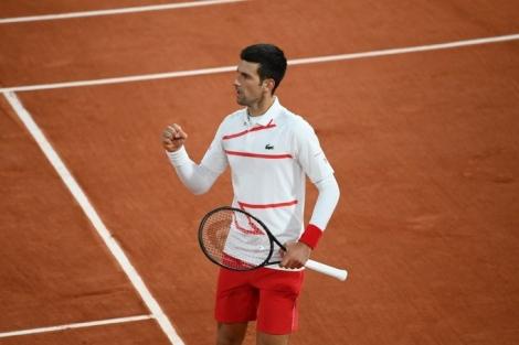 Djokovic đấu Tsitsipas tại bán kết Roland Garros