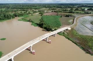 Cầu mới - ngã ba sông