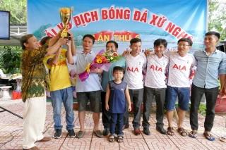 Đội Xứ Nghệ Tân Châu lần đầu vô địch