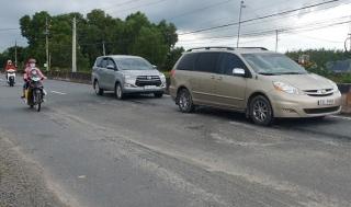 Quốc lộ 22B tiếp tục bị hư hỏng