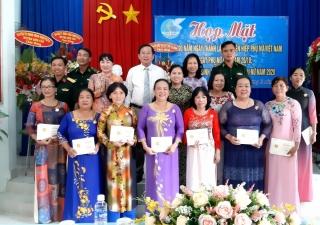 Tân Châu, Bến Cầu, TP.Tây Ninh: Họp mặt kỷ niệm 90 ngày thành lập Hội LHPN Việt Nam 20.10