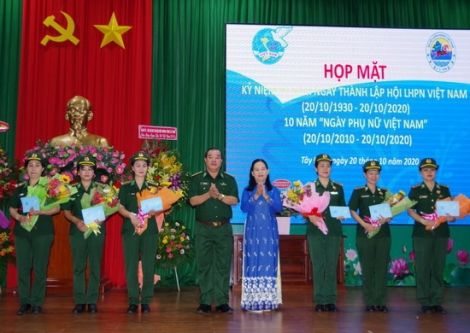 Biên phòng Tây Ninh họp mặt kỷ niệm 90 năm Ngày thành lập Hội LHPN Việt Nam và 10 năm Ngày phụ nữ Việt Nam