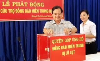 TP. Tây Ninh: Quyên góp cứu trợ đồng bào miền Trung