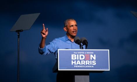 Biden tung 'vũ khí tranh cử' mạnh nhất