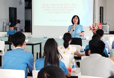 Hướng dẫn kiến thức chăm sóc sức khỏe trẻ em và tuyên truyền Luật Giao thông đường bộ