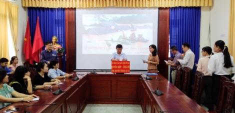 Nhiều cơ quan, doanh nghiệp chung tay ủng hộ đồng bào miền Trung