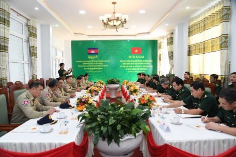 Hội đàm phối hợp giữ vững an ninh trên khu vực biên giới