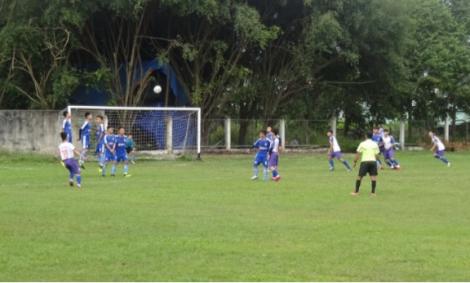 Tổ chức Giải bóng đá vô địch U18 huyện