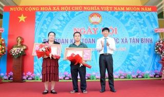 Dự Ngày hội đại đoàn kết toàn dân tộc xã Tân Bình (TP. Tây Ninh)