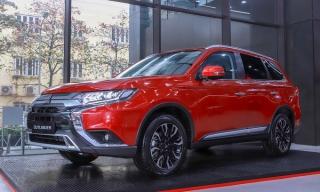 Mitsubishi Outlander khuyến mãi gần 80 triệu đồng