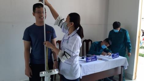 Khám sức khỏe công dân thực hiện nghĩa vụ quân sự và tham gia Công an nhân dân năm 2021
