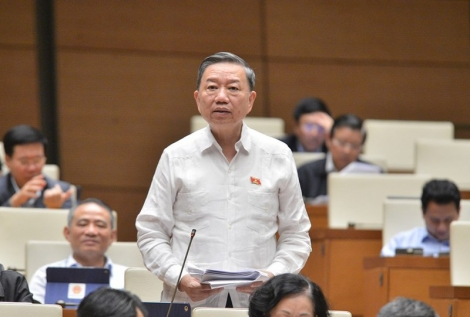 Bộ trưởng Tô Lâm: Đề xuất xử hình sự cán bộ dùng bằng giả