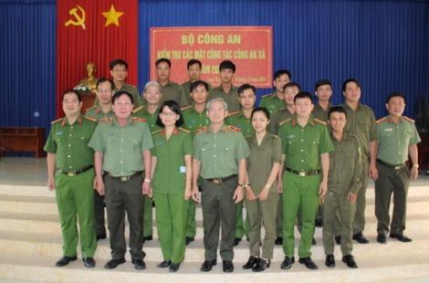 Bộ Công an kiểm tra và làm việc tại Công an xã Long Thuận