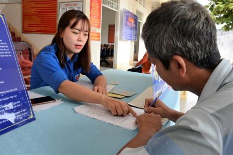 """Hiệu ứng tích cực từ """"Ngày không viết"""", """"Ngày không hẹn"""": Ghi nhận tại bộ phận Một cửa phường Ninh Thạnh"""