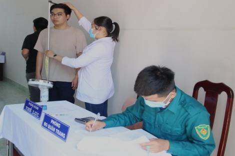 Thành phố Tây Ninh tổ chức khám sức khoẻ nghĩa vụ quân sự cho 917 thanh niên