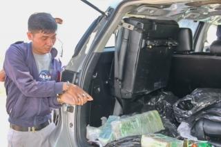 Bắt quả tang đối tượng vận chuyển 17 kg ma túy từ Campuachia về Việt Nam