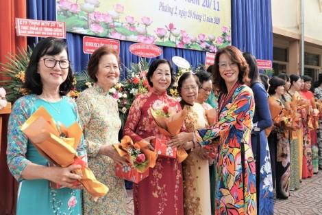 Trường THCS Trần Hưng Đạo: Họp mặt kỉ niệm 38 năm Ngày Nhà giáo Việt Nam 20.11
