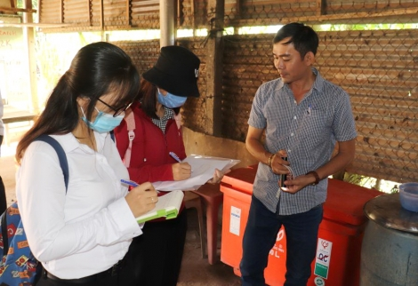 Viện Pasteur giám sát công tác giám sát và phòng chống sốt xuất huyết tại huyện Tân Biên