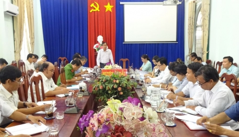 UBND huyện Gò Dầu họp phiên định kỳ tháng 11.2020