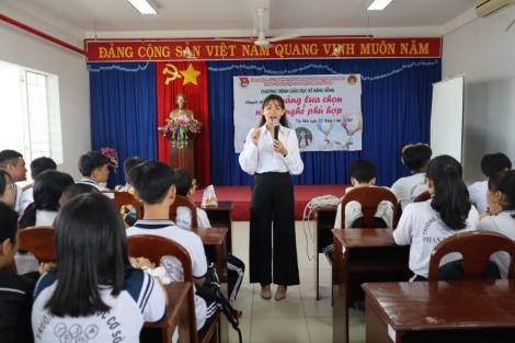 Tổ chức chương trình giáo dục kỹ năng sống cho học sinh